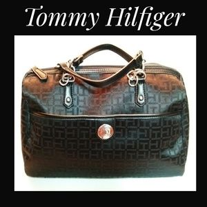 Tommy Hilfigur Black Canvas Logo Handbag